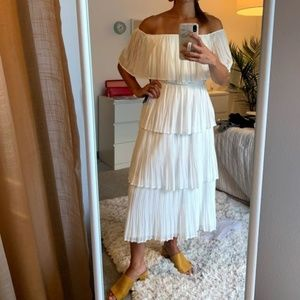 WHITE OFF THE SHOULDER TIERED MIDI DRESS